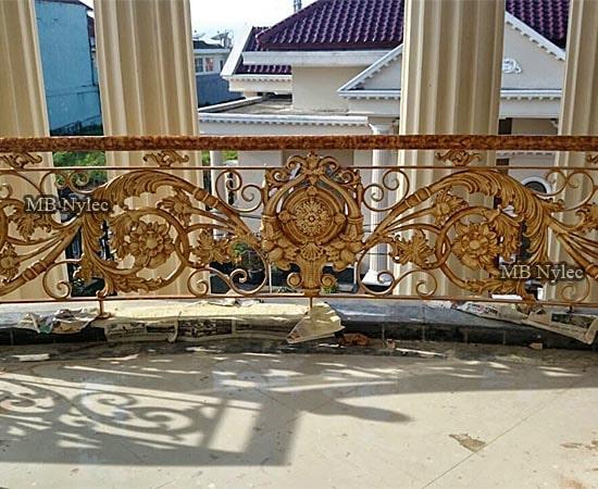 balkonowa balustrada orientalna