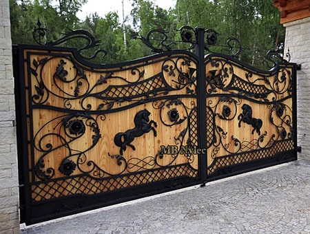 Ekskluzywna brama wjazdowa z drewnem