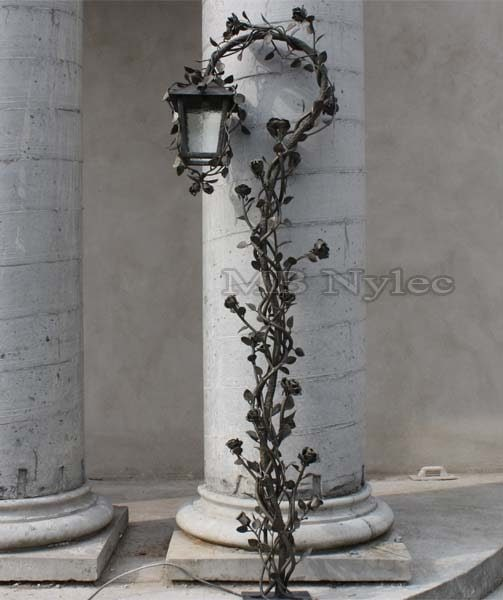 kuta lampa różana